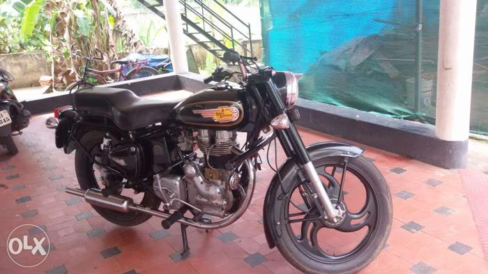 Royal Enfield Bullet 11000 Kms 1983 year for Sale in Aluva, Kerala