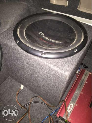 Selling my used pioneer woofer and v12 amplifier