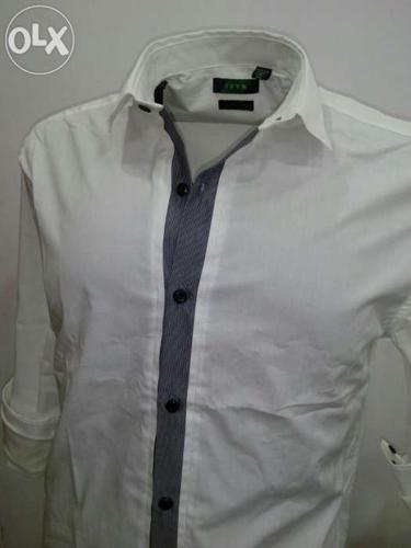 Semi casual slim fit shirt