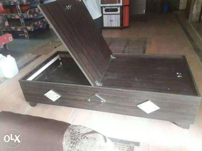 Single Bed Palang Best Quality Size 6 3 For Sale In Gandhinagar