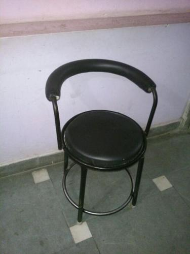 Small Office Chair 900 INR Undamaged Condition 4