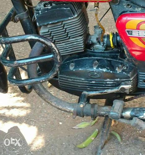 Some yezdi classic 250 used parts in good condition for