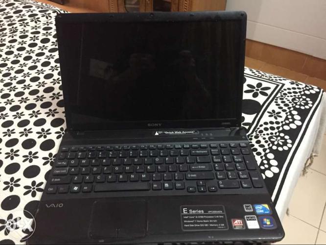 Sony Genuine Windows 7 laptop. Fully Laminated