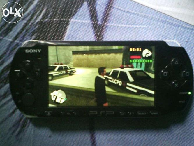 Sony Psp With 2 Gb Memory Card