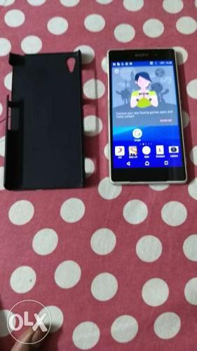 Sony Xperia z2 full box with charger and