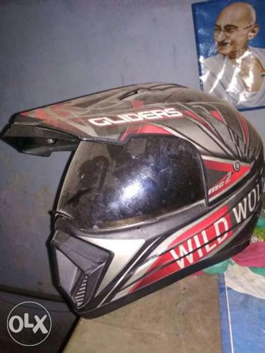 Sports Helmet used only 2 times only small crack at the
