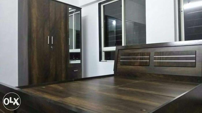 Super item and stylish Bedroom set.