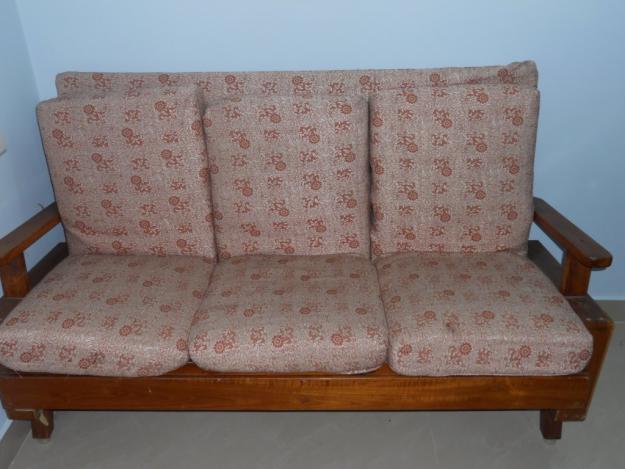 sofá tamil