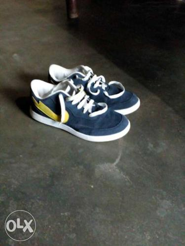 This sports shoes is of sphere company. it's of