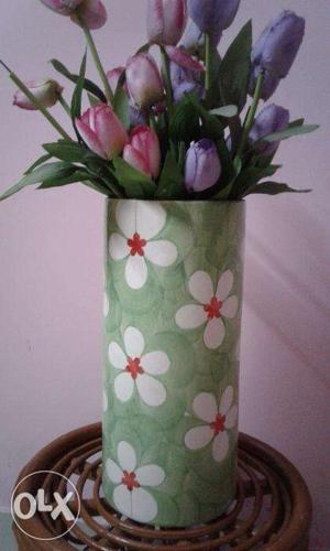Unique Cylindrical Flower Vase For Corner Table 135 Inches Height
