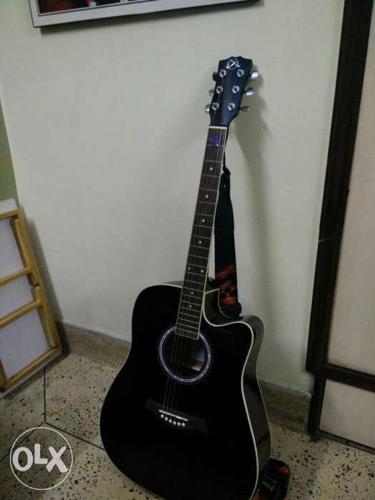 Unused Semi Acoustic Guitar Jet Black Colour For Sale In Kurnool