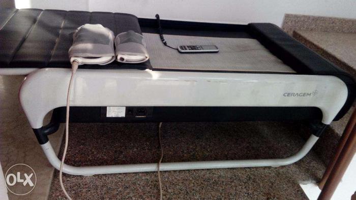 USED Ceragem master v3 automatic thermal massage bed for Sale in