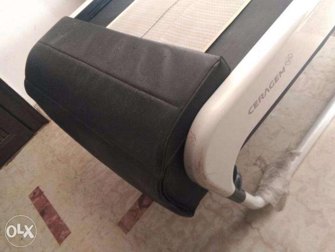 Used ceragem master v3 jade thermal massage bed