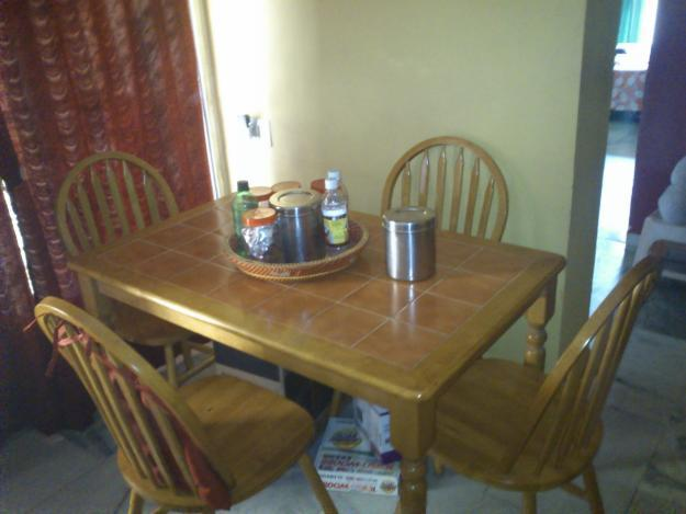 used dining table 4 chairs for Sale in Thane  : useddiningtable4chairs2039425 from thane.indialisted.com size 625 x 469 jpeg 113kB