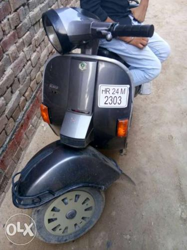 Vespa in good condition with insurance nd all