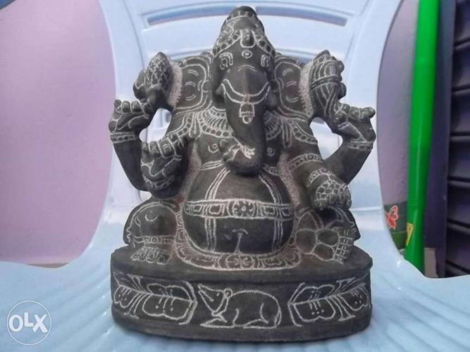 Vinayagar stone statue