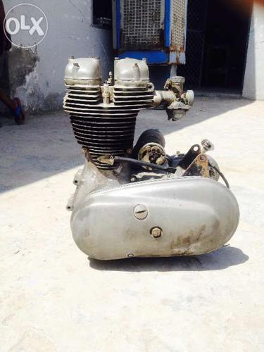 Vintage royal Enfield engine gear complete for Sale in