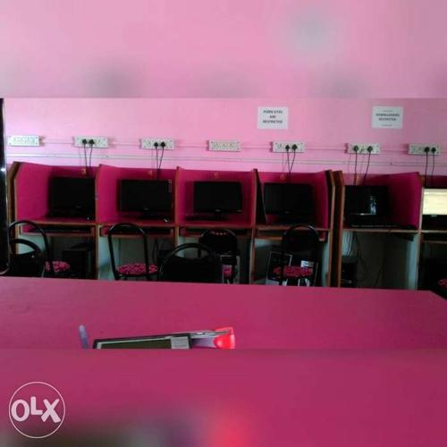 Want to sale internet cafe set up