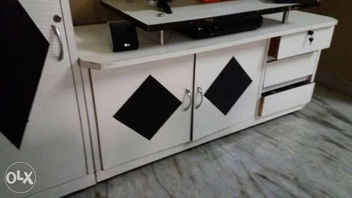 White And Black Entertainment Table