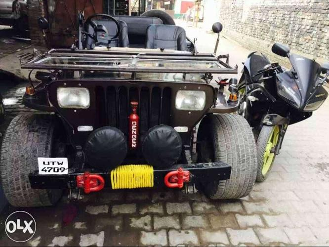 Willys jeep in brand new condition with three