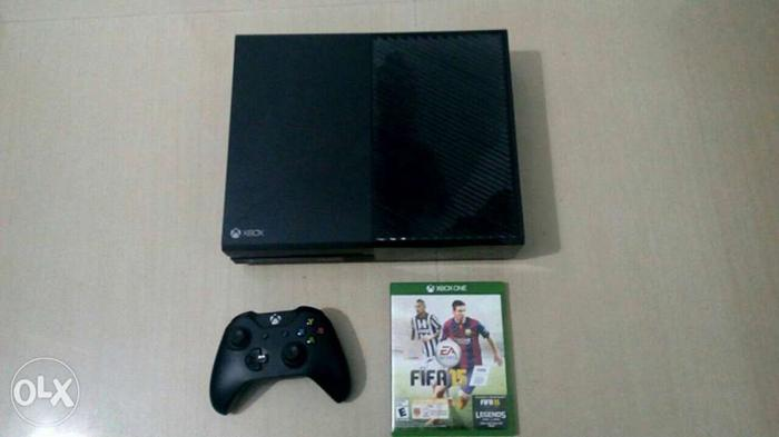 Xbox One Console, Wireless Controller And Fifa 15 Game
