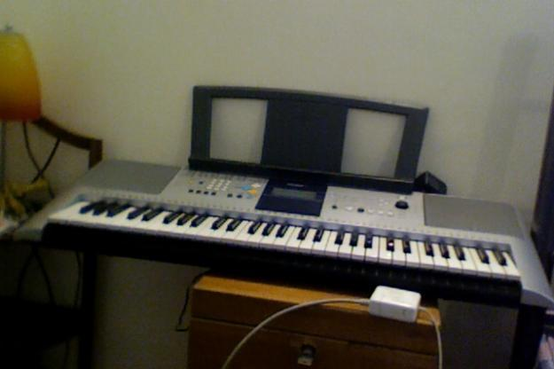 yamaha psr e323 piano keyboard for sale for sale in gurgaon haryana classified. Black Bedroom Furniture Sets. Home Design Ideas