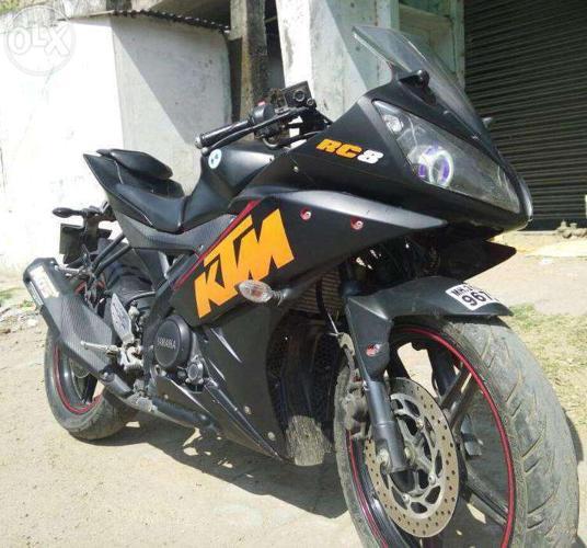 Yamaha R15 Version 2 2012 model Modified to KTM RC8 16100 km