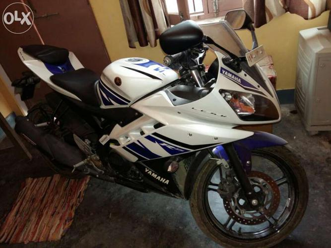Yamaha R15 Version 2 for Sale in Gyanpur, Uttar Pradesh