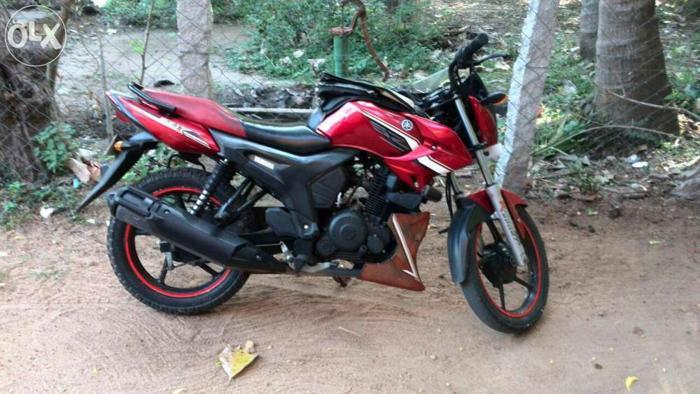 Yamaha SZ RS.35,000