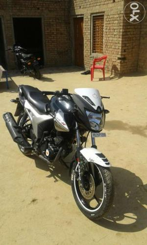 Yamaha szr modle 2012 for Sale in Jagraon, Punjab Classified