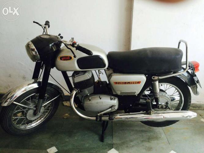 Yezdi 250 classic for Sale in Dehradun, Uttarakhand Classified