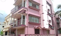 3 storied Residential House sell in Ullash Area: 2.50 Khata Price:1.25 cr Features: Full marvel Finished, 7 BHK, 4 bathrooms, Hall, kitchen, Big garage, Spacious font, Excellent Environment and security 1 min Nursing home, 2 min Bus stand, 2 min School.