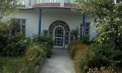 A beautiful house of all facility like water electcity road and all of routine use.A house with beautiful lawn full of flowers grapes Anar lemon and guava trees near govt high school jarai which is 5km from the main city kathua. The house is located in