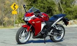 ?????: cbr 250.00 ??????: 40 ????????? ??? ????: 2011 ??????: ????? i want to sell my honda CBR 250 IN BEST PRICE...1lakh 10 thousand...model 2011..in very good condtion...5 thousand km run...no scratch in bike...all clear....