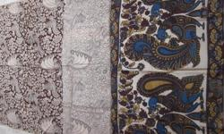 ವಿವರಣೆ We are manufacturers of 100% pure vegetable kalamkari Fabrics from Machilipatnam, We also undertake job work for made-up as per your design We are a renowned manufacturer, supplier and exporter of a variety of kalamkari fabrics,