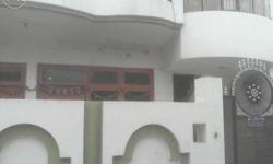 2room set available for rent in Kamla Nagar. If anybody interested kindly contact shri gaytri properties Kamla Nagar Agra.