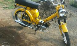 Vintage Laxmi 48 Pizzaz moped for sale. Genuine buyers pls leave your contact number,i will get back to u. Thank you.