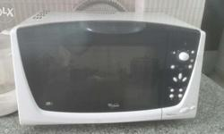 Good condition microwave with functions like jet frost, jet start, autocrisp, forced air, grill, crisp etc.. it's the magicook model with 3Di technology