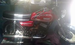 ?????: HT ??????: 11 ????????? ??? ????: 1983 ??????: ????? Yamaha RD 350 For Sale. Only Serious Buyers Contact me. MY CONTACT NUMBER IS: 9481681563  Contact Me Between 10 AM ? 4 PM only.  BIKE DETAILS:  Model: 1983 Color: Red Type: High Torque (33BHP)