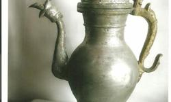hi all olxian i see a 150years old mugals pot and its