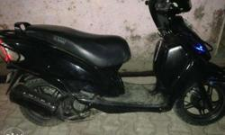 Single hand awsm condition z black colour ...call its
