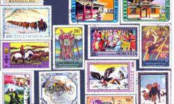 413 different world stamps with collection book