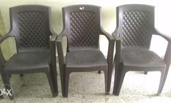 4 Set Of Maharaja Chair And Moving Fibre Table