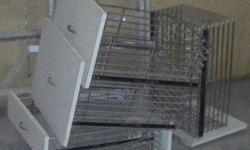 5 kitchen steel baskets of good quality.