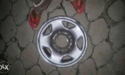 5 set of safari R16 steel rims. all for 3500 only