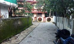9.5 crnt Land with old good condition house at Pathalam