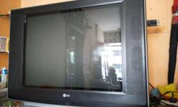 "A LG flatron 32"" inch tv is 5 yrs used ,a tv is in very"