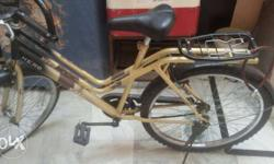 A new hero cycle only 6 month used .. new price is 4000