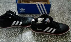 Hey everyone This is ADIDAS ORIGINALS vespa shoes in