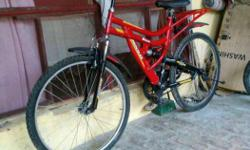 All new hercules cycle used only 4 month and good
